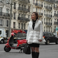 A White Puffer Coat - Paris VI